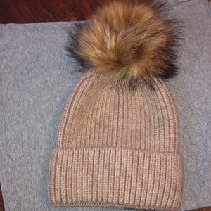 Anthropologie Norla of Canada Pom winter hat